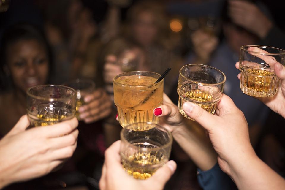 Surveillez toujours votre taux d'alcool en soirée