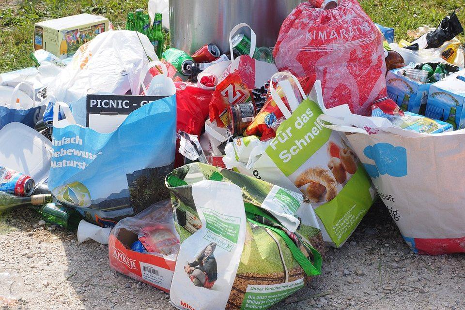 La société face à la menace de pollution des déchets