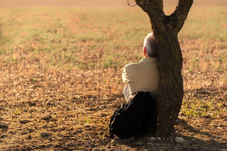 Les risques de la solitude sur votre bien-être